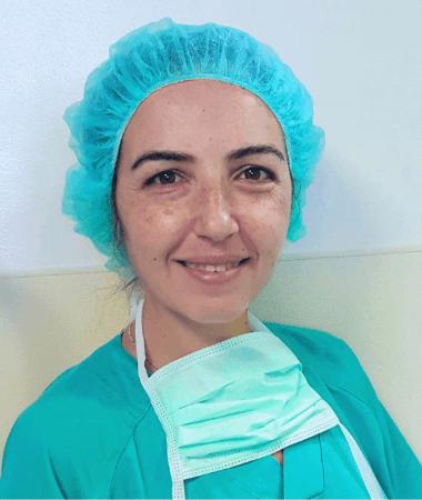 Ozlem Uyanik Cirujana Bariátrica en el equipo de UCOM